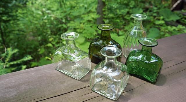 ガラス工房 橙さんの「野の花小瓶」入荷