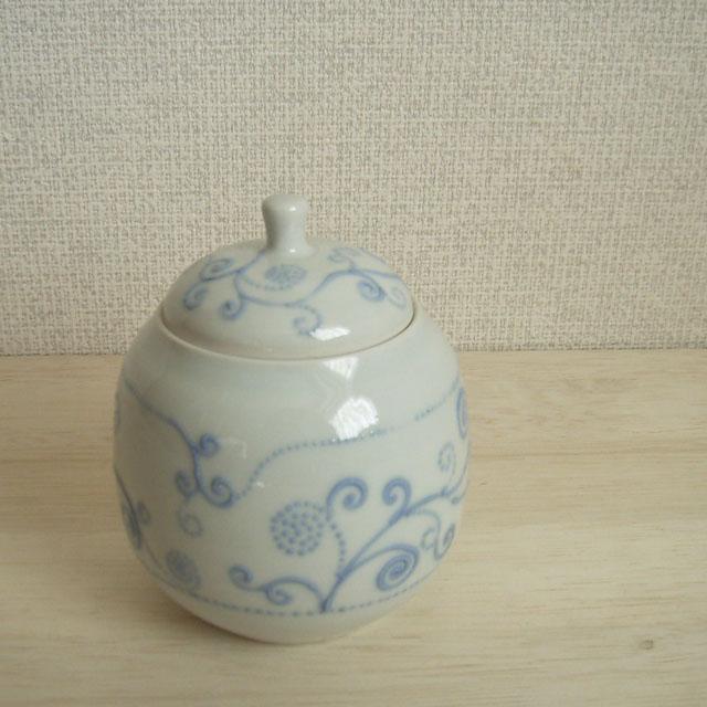 砥部焼の小さな壷