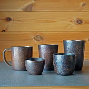 ブリキや彰三さんの銅のカップ