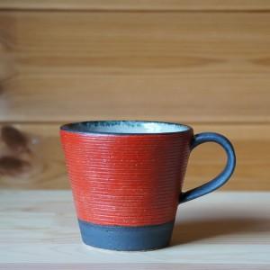 赤いマグカップ(沖誠)