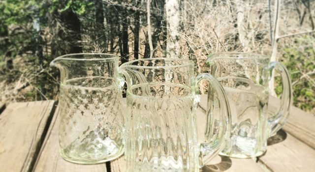 くるみガラスのジャグ3種再入荷