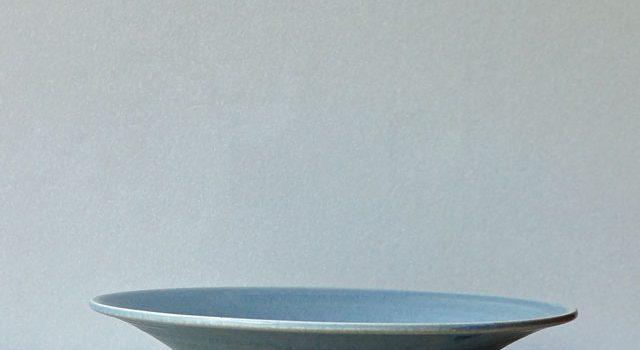 関太一郎さんの青い皿