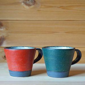 クリスマスカラーのマグカップ(沖誠)