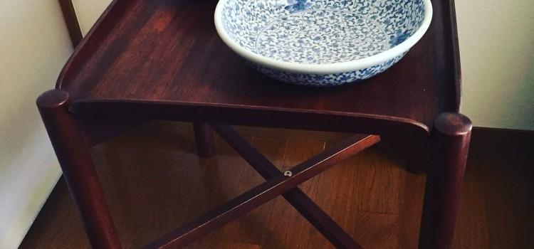 柳宗理デザインの折りたたみテーブル