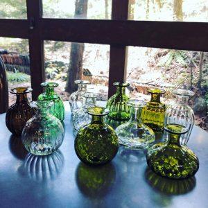 ガラス工房 橙の野の花小瓶