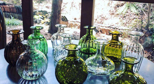 ガラス工房 橙さんの野の花小瓶入荷